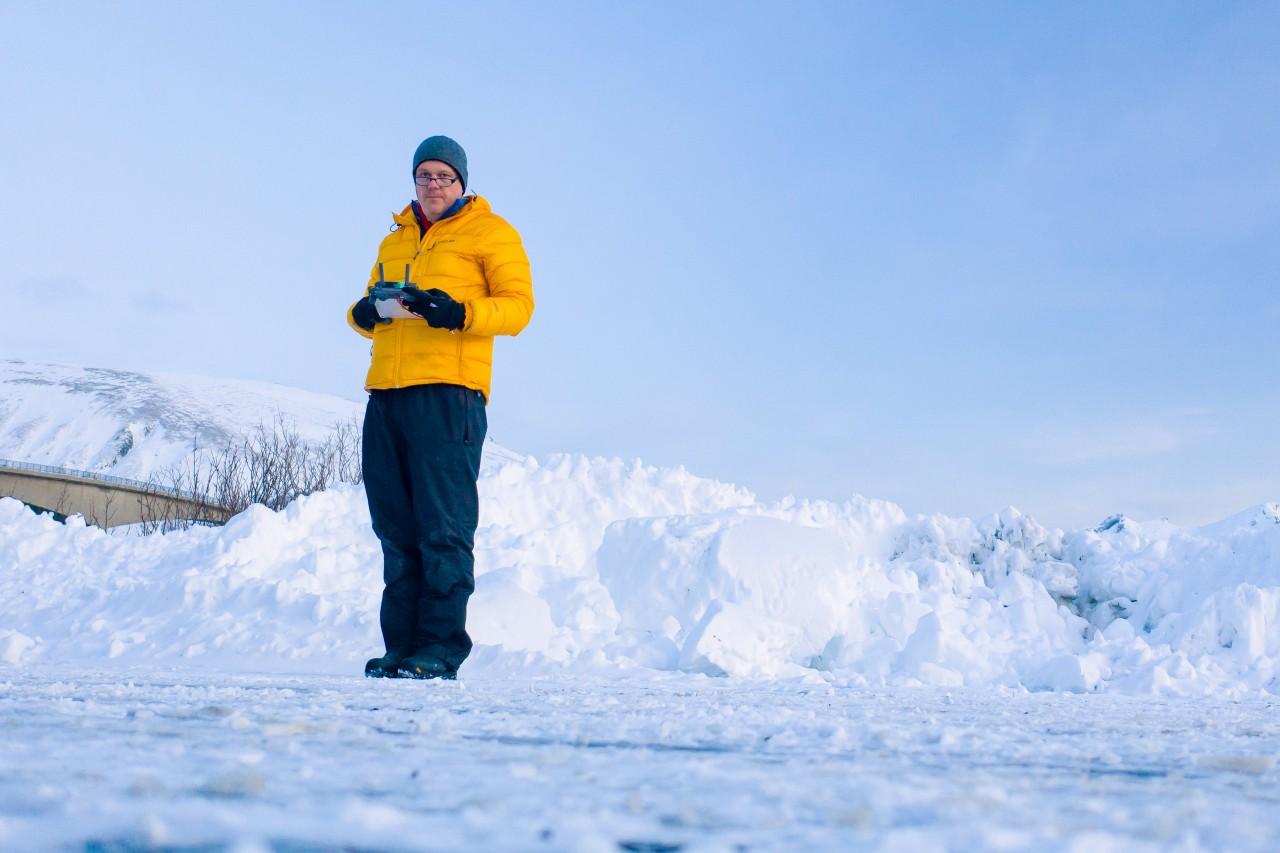 Winter portrait of the photographer Jens Klettenheimer in the snow