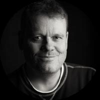 black and white portrait from Jens Klettenheiemr