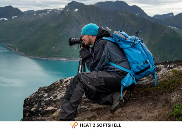 Photographer Dennis Stebner on Photo Tour in Norway & Gloves HEAT 2 SOFTSHELL from THE HEAT COMPANY